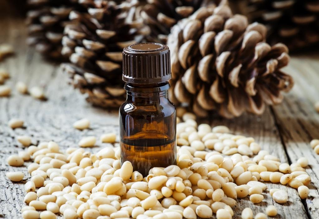 huile essentielle de cèdre, labarbiche